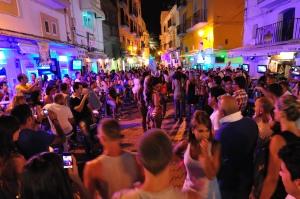 Las discotecas al aire libre tienen mucho éxito en Ibiza