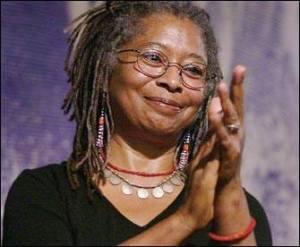 Alice Walker ganó el Premio Pulitzer por El color púrpura en 1983