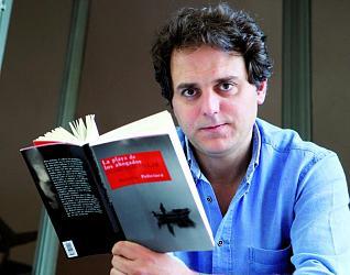 A praia dos afogados foi publicada tamén en castelán pola Editorial Siruela