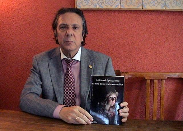 Antonio López Alonso escribió esta historia partiendo de un caso real en su experiencia médica