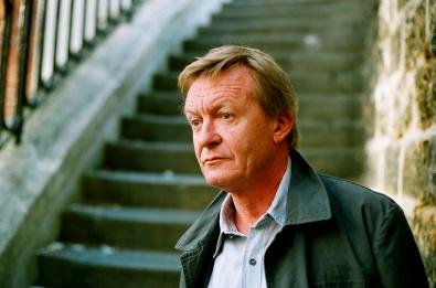 El autor francés Jean Echenoz