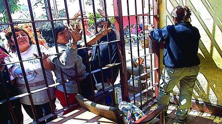 Una imagen de las mujeres en el penal de Santa Mónica, en Perú