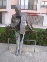 Escultura ubicada en Bouzas (Vigo) en honor del gran Saramago