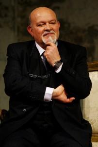 El autor Salvatore Niffoi construye una historia de amor fétido y venganza