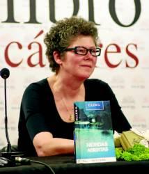 Ellen G. es una escritora holandesa que abandonó su trabajo para dedicarse a la novela negra