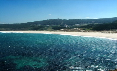 La playa de Rostro, en Fisterra, es uno de los escenarios de la novela