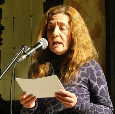"""La poetisa María José Collado, autora de """"Centinelas del frío"""""""