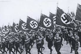 La Alemania nazi es el contexto de estas dos pequeñas joyas