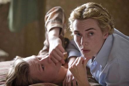 """Un fotograma de la película de """"El lector"""" que tiene como protagonistas a Ralph Fiennes y a Kate Wislet"""