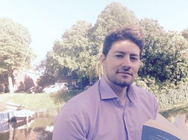 """Christopher Pollinini, autor de """"Cuatro muertos más para el desierto"""""""