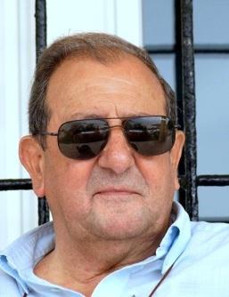 Carlos Laredo, el creador de la saga del cabo Holmes