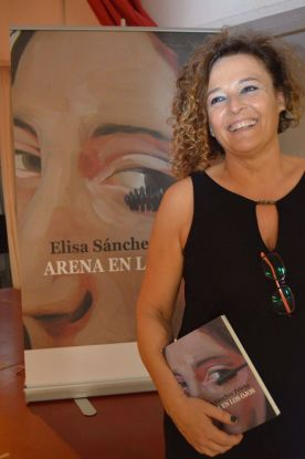 """Elisa Sánchez Prieto es autora de """"Arena en los ojos"""""""