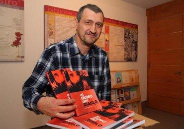"""Fernando Salgado, autor de """"El humo del diablo"""""""