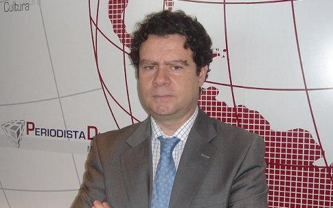 """Fernando Alonso Barahona, autor de """"Tres poemas de mujer"""". Fuente: Periodista Digital"""