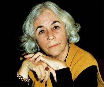 """Carmen Martín Gaite, autora de """"Entre visillos"""""""