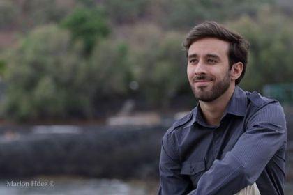 """Yauci M. Fernández, autor de """"Cada día cuenta"""""""