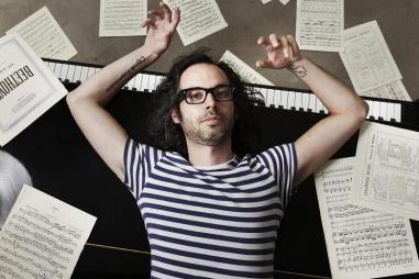 """James Rhodes, pianista y autor de """"Instrumental"""""""