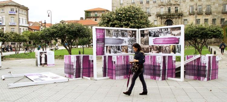 """O proxecto """"Do gris ao violeta"""" tamén incluíu unha exposición"""