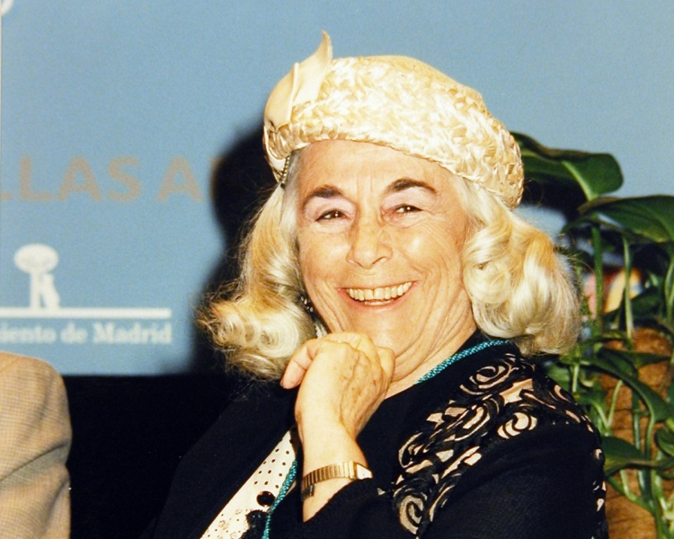 """Carmen Martín Gaite, autora de """"Caperucita en Manhattan"""""""