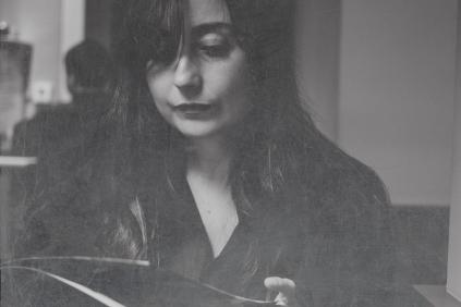 La escritora onubense Elvira Navarro (Foto: Elba Fernández)