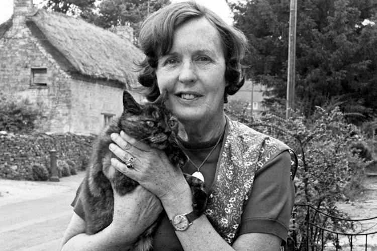 """Barbara Pym, autora de """"Mujeres excelentes"""""""