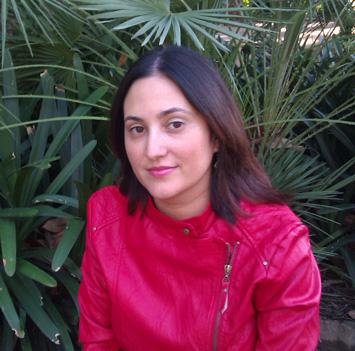 "Olga Mínguez Pastor, autora de ""Pasajes a Orán"""