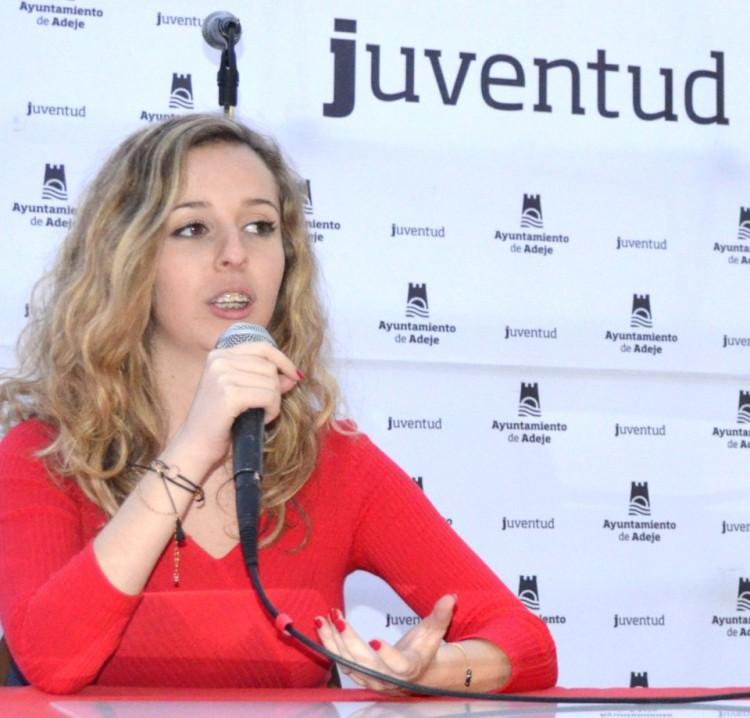 """Olga Moreno Feledi, autora de """"¿Y por qué no?"""" y """"¿Y por qué no más?"""""""