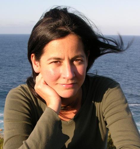 """Ana Torres Jack, autora de """"Máis aló do azul e do rosa"""""""
