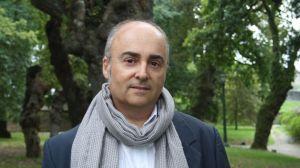 """Antón Riveiro Coello, autor de """"Os elefantes de Sokúrov"""""""
