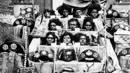 Masacre de 1938 no Nordeste brasileiro, con todas as cabezas dos cangaceiros