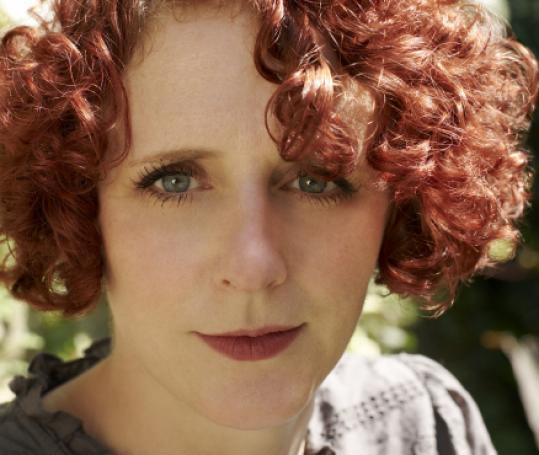 """Maggie O'Farrell, autora de """"Tiene que ser aquí"""""""