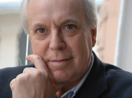 """Eduardo Mendicutti, autor de """"Fuego de marzo"""""""