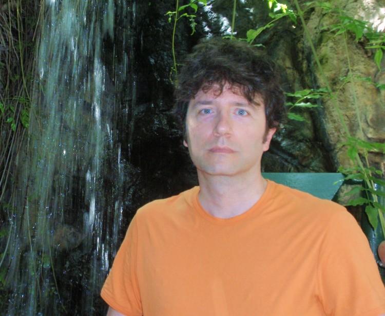 "José Luis Fernández Juan, autor de ""Pinceladas de Harmonía"""