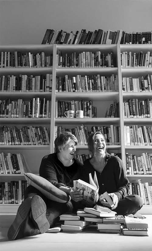 """Montse Barderi y Emma Vilasarau son autoras de """"Caminos para un reencuentro"""""""