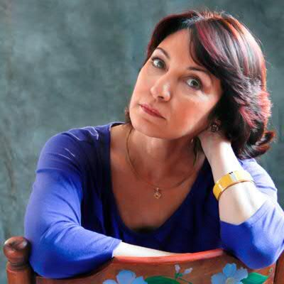 "Daína Chaviano, autora de ""Extraños testimonios"""