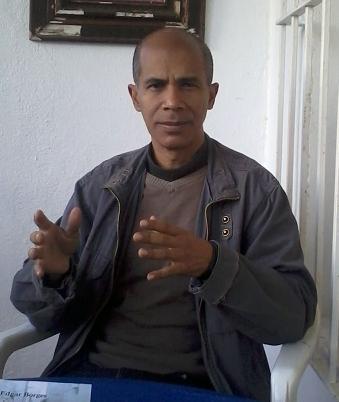 El autor venezolano Edgar Borges