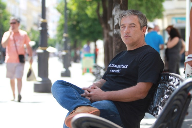 """José Acevedo, autor de """"Metamorfosis y otros relatos"""""""