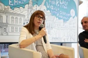 """Ana Cabaleiro iníciase na literatura co libro de relatos """"Sapos e sereas"""""""