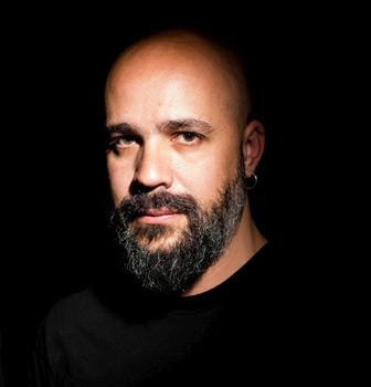 """Afonso Cruz, autor de """"Un pintor debajo de un fregadero"""""""