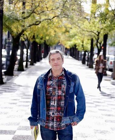 """Jose Acevedo, autor de """"Metamorfosis y otros relatos"""""""