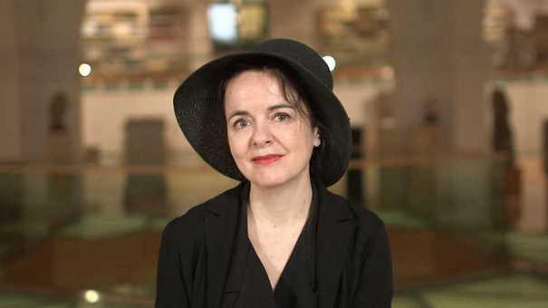 """Amelie Nothomb, autora de """"El crimen del conde Neville"""""""