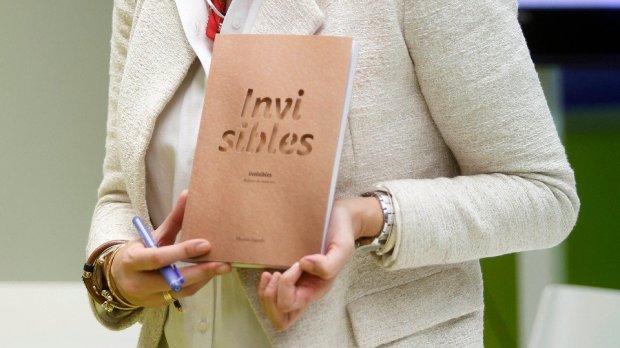 """Montse Fajardo vén de publicar """"Invisibles. Relatos do maltrato"""""""