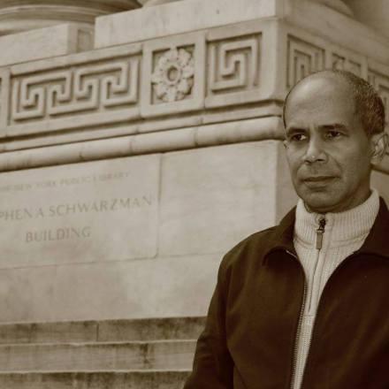 """Edgar Borges acaba de publicar su novela más ambiciosa, """"La niña del salto"""""""
