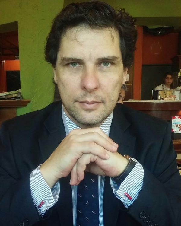 """Juan Ángel Cabaleiro, autor de la novela """"El secreto de La Quebradita"""""""