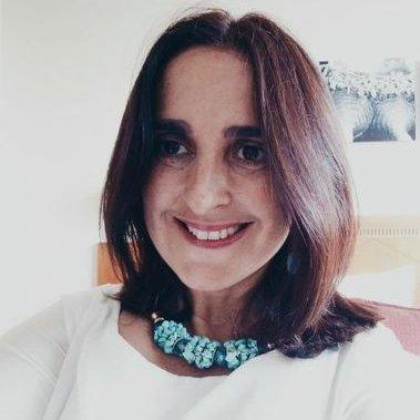 """Arantza Portabales, autora de """"Deixe a súa mensaxe despois do sinal"""""""