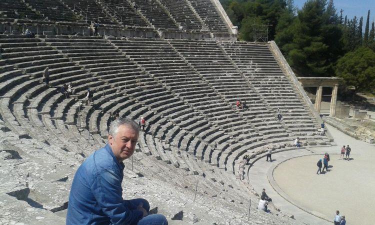 """Ramón Sandoval, autor de """"Zocas e decibelios"""""""