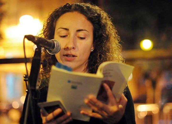 """Lucía Novas é a autora do poemario """"Cervatos"""""""