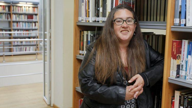 """Carolina Pernas Sueiras, autora de """"Invisible. Teoría y práctica de mi suicidio"""""""