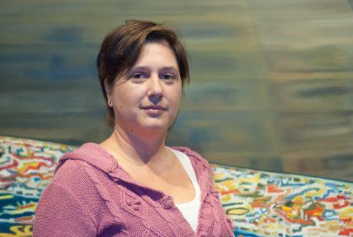 """Eli Ríos, autora da novela """"O ceo das reixas"""""""
