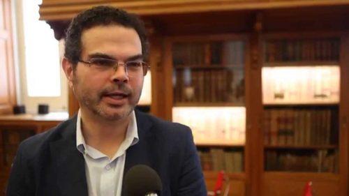 """José Gardeazabal, autora de """"Medio hombre mitad ballena"""""""